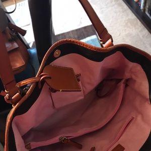 Dooney & Bourke Bags - Dooney and bourke pebbled leather shopper
